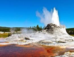 Top 9 điều kỳ thú về công viên quốc gia Yellowstone của Mỹ